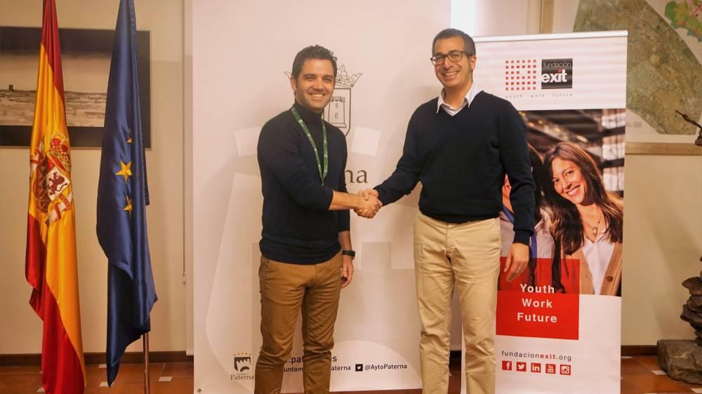 Firma_convenio_Paterna_Fundacion_Exit_Ayuntamiento_Proyecto_Coach